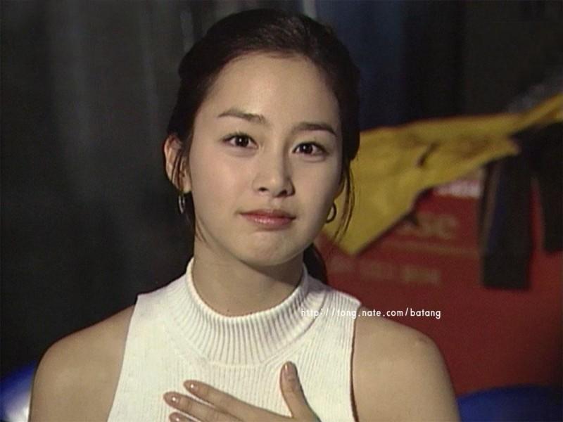 Argablog: Siapakah 10 artis korea yang memiliki wajah